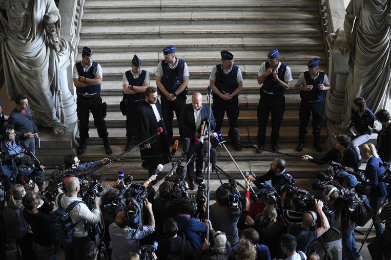 Attentats de Bruxelles: 10 inculpés dont Salah Abdeslam renvoyés aux assises