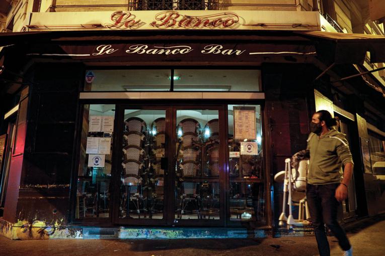Covid-19: bars et restaurants font le deuil d'une réouverture le 20 janvier