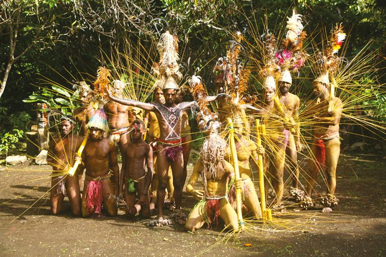 À Malekula, on vit sa culture et l'on présente des spectacles avec des moyens réduits, certes, mais sans dénaturer les traditions.