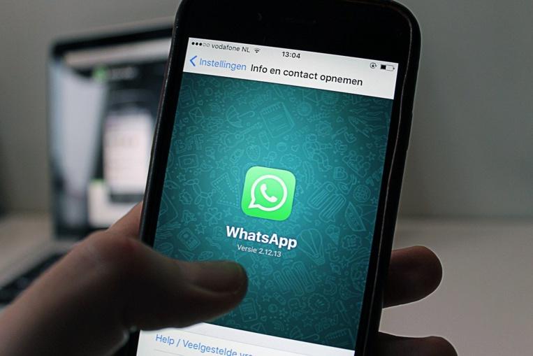 Whatsapp veut partager plus de données avec Facebook, les utilisateurs s'inquiètent