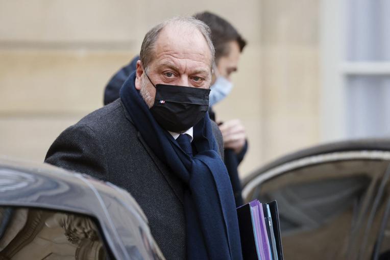Conflits d'intérêts: Dupond-Moretti visé par une enquête judiciaire