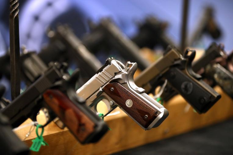 L'acquisition et la détention d'armes et de munitions sont interdites au fenua, sauf autorisation délivrée par le haut-commissaire de la République. (photo AFP)
