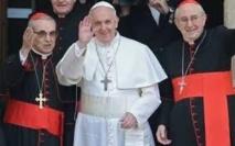 Une journaliste italienne affirme que le pape l'a appelée en premier au téléphone