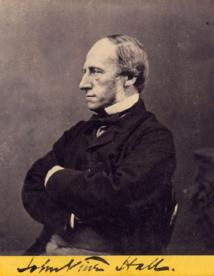 """John Vine Hall, en cherchant à optimiser les échanges postaux entre Londres et l'Australie, fut à l'origine de la découverte du """"charbon"""" de Rapa."""