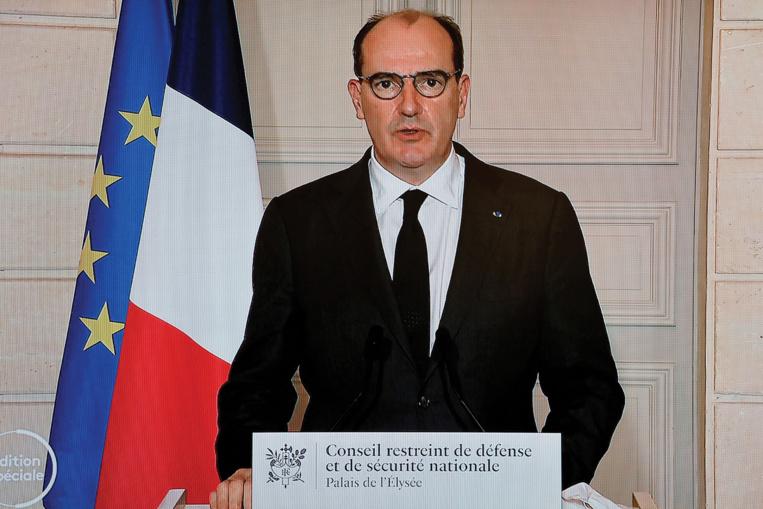 """La France ferme ses frontières aux pays extérieurs à l'UE, """"sauf motif impérieux"""""""