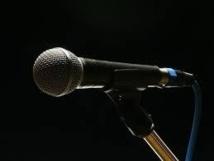 Refusé à un concours de chant, un pépé menace de faire sauter le studio télé