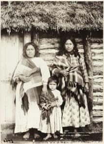 Deux femmes Moriories et un enfant, photo du Te Papa Museum de Wellington.