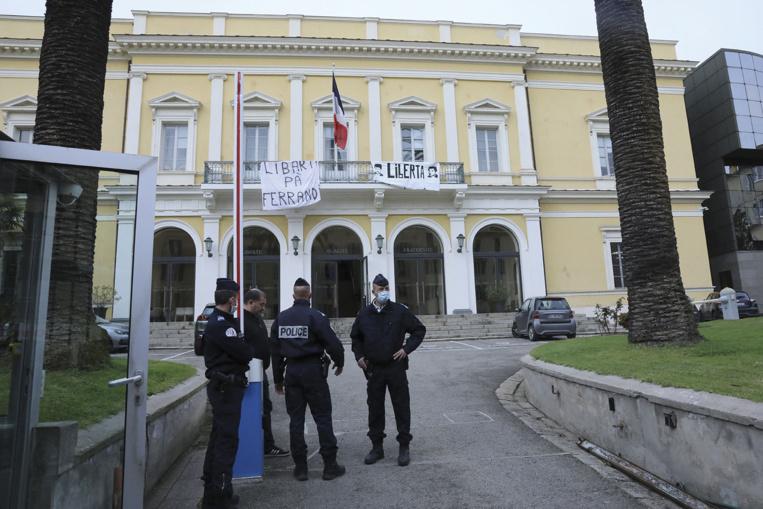 Intrusion à la préfecture de Corse pour le rapprochement de détenus sur l'île