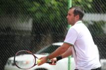 Tennis : Jean Pierre Gastambide, Champion de Tahiti