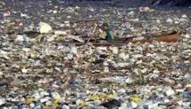 """Une expédition repart à l'assaut du """"continent de plastique"""" du Pacifique"""
