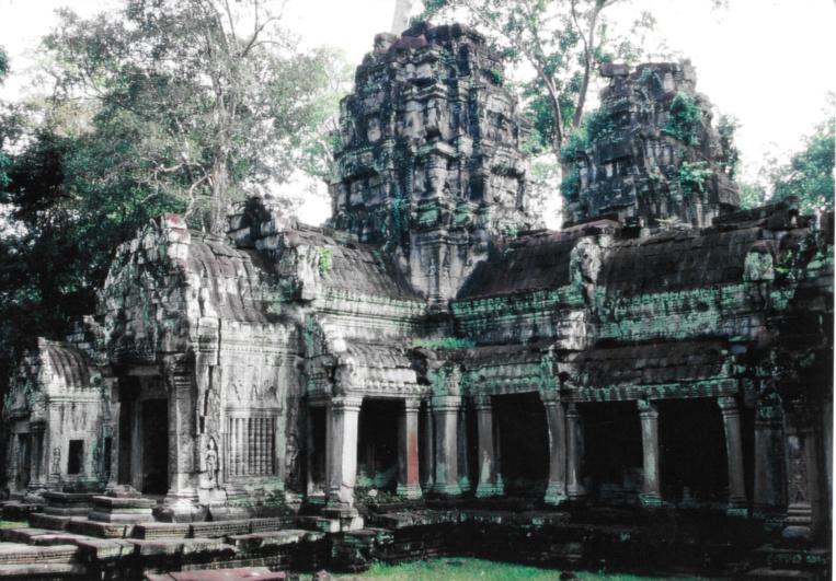 Dans le labyrinthe d'Angkor