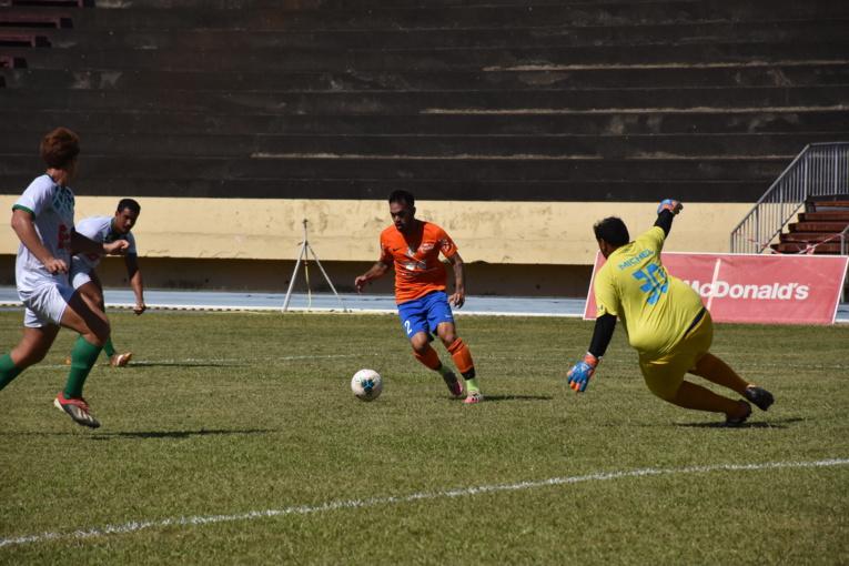 Dragon, leader invaincu, a signé, samedi, sa huitième victoire de la saison face l'AS Tiare Tahiti sur le score fleuve de 5-0.