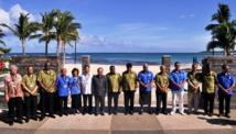 Photo de famille des délégués lors de leur réunion à Fidji