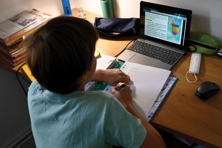 Ecole à la maison: enquête ouverte après les attaques informatiques contre le Cned, toujours des bugs