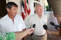 Gaston Flosse en compagnie de Jean-Pierre Laflaquière, le 21 mai 2013 à la Résidence de Papeete