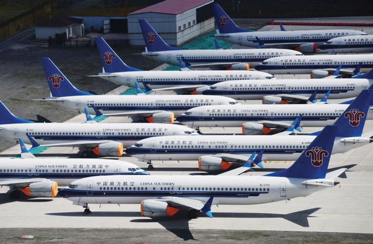 """Nouveaux déboires pour le Boeing 737 MAX avec un problème électrique """"potentiel"""""""
