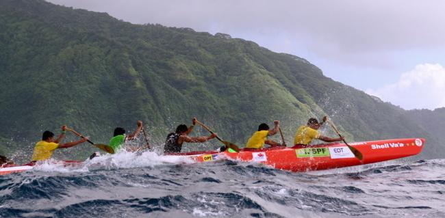 Tahiti Nui Va'a : Shell-Vodafone en tête à la 2e étape