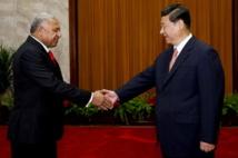 Rencontre à Pékin entre le Contre-amiral fidjien Franck Bainimarama et le nouveau Président chinois, Xi Jin Ping