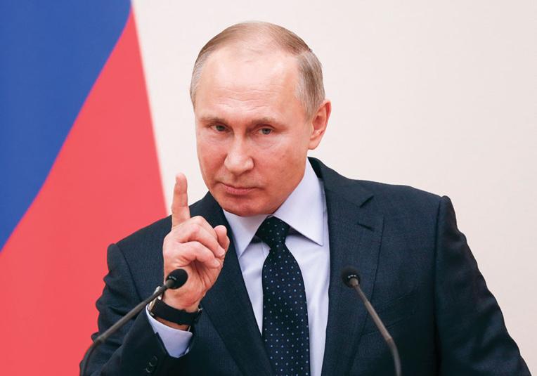 Dans son discours annuel, Poutine met en garde l'Occident