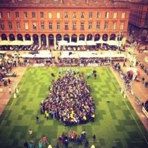 Rugby: record de la plus grande mêlée du monde battu à Toulouse