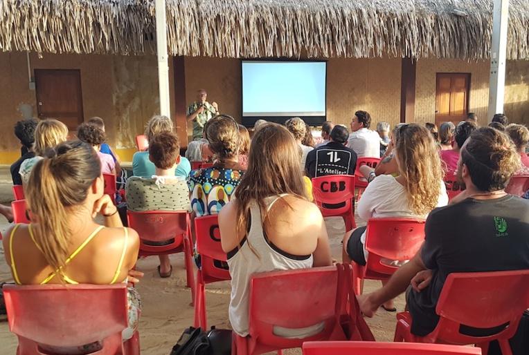 Une soixantaine de personnes a assisté à la conférence du Criobe, dans le cadre du projet Bora-Biodiv.