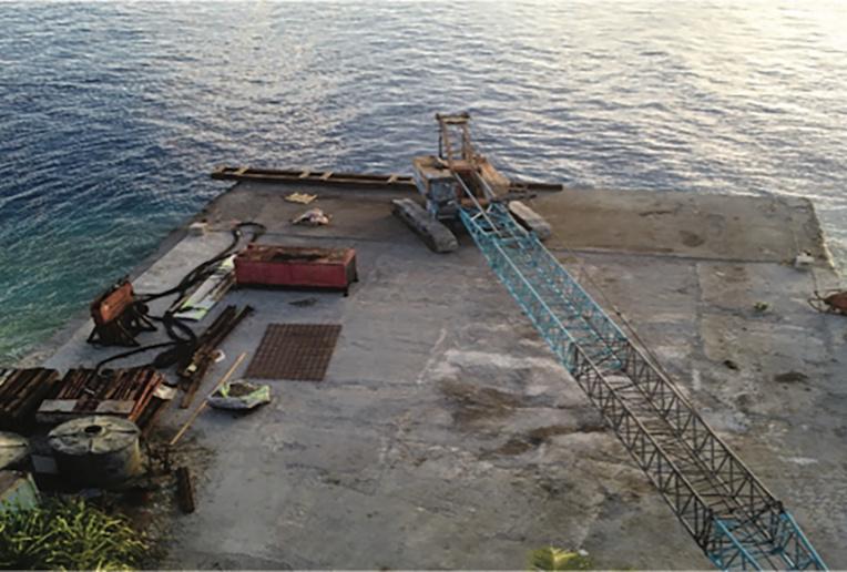 Le matériel nécessaire à la rénovation du quai de Avatoru est arrivé à Rangiroa la semaine dernière.