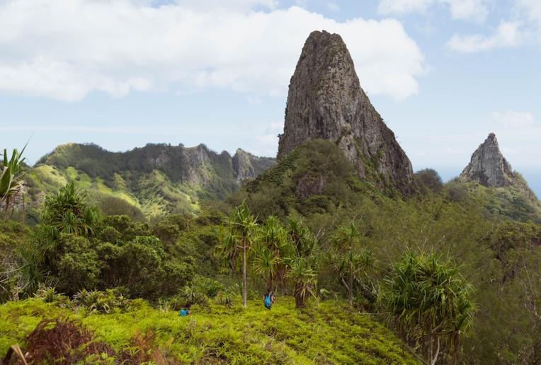 Ua Pou : les futurs guides de rando à l'épreuve de Poumaka
