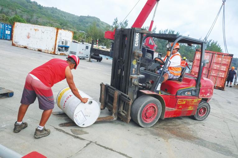 La pénurie d'essence guette les Tuamotu