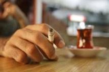 """Tabac et alcool: un rapport réclame plus de fermeté sur les """"drogues licites"""""""