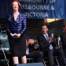 """Australie: la Première ministre comparée à """"une caille énorme"""", l'opposition s'excuse"""