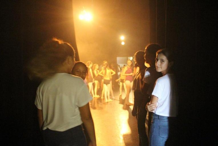"""""""La scène et moi"""" ou la vie d'une école de danseurs professionnels"""