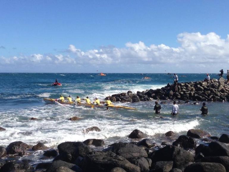 "Hawaii: Shell Va'a remporte les deux 1ères étapes de la ""Olamau race"""