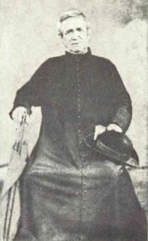 1849 est une date décisive dans la vie de Fakarava, puisque les pères Laval et Clair, en provenance des Gambier, commencèrent l'évangélisation de la population locale.