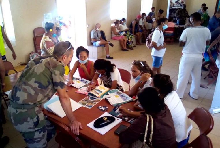 RSMA, marine nationale et armée de terre tenaient des stands d'information sur les métiers de l'armée.