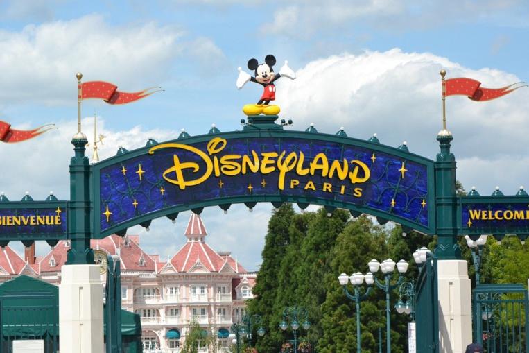 Disneyland Paris et les grands parcs d'attractions français vont rouvrir en juin