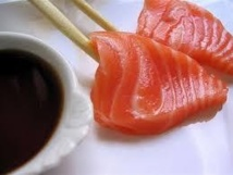 Manger des poissons gras pourrait réduire le risque de cancer du sein