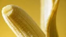Une adolescente turque fait du plastique à partir de bananes