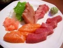 Mercure, PCB, dioxines : deux portions de poisson par semaine, pas plus, dit l'Anses