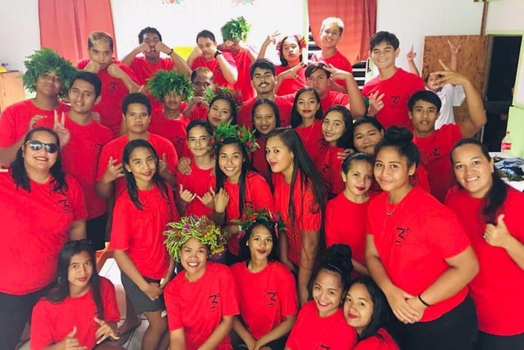 Les élèves de 3ème du collège St Raphael, lors de la fête de fin d'année.