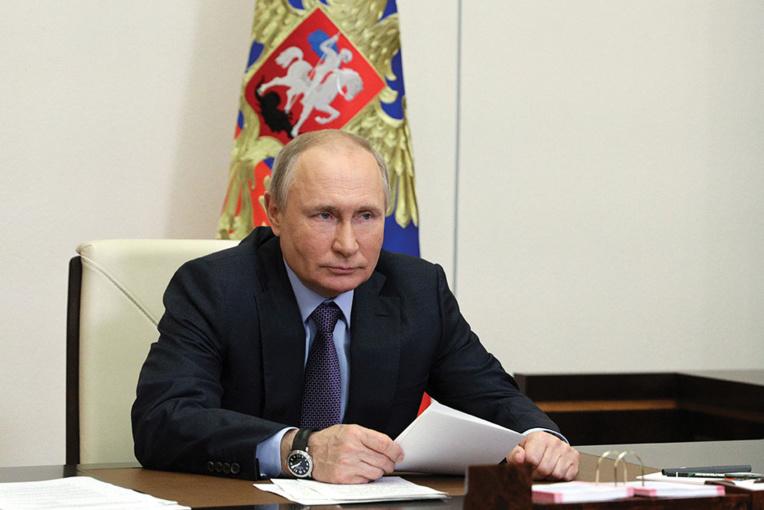 """Le Covid repart à la hausse en Russie, situation """"difficile"""" à Moscou"""
