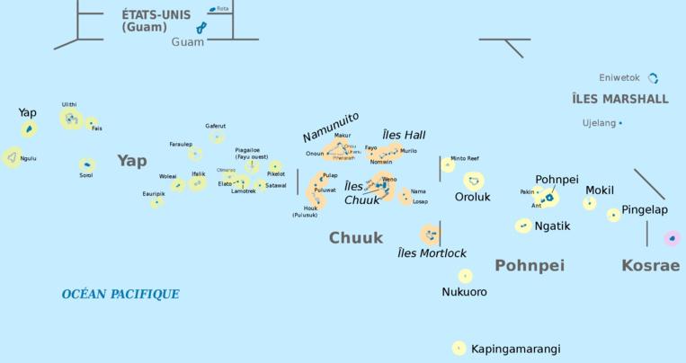 Sur cette carte moderne de la Micronésie, on distingue très bien sur la droite Pohnpei et au sud l'île de Sapwuahfik  qui porte encore le nom que lui avait donné le capitaine Hart, à savoir Ngatik.