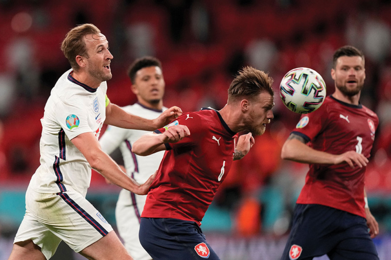 Euro: l'éclair de Modric qualifie la Croatie, l'Angleterre assure la première place