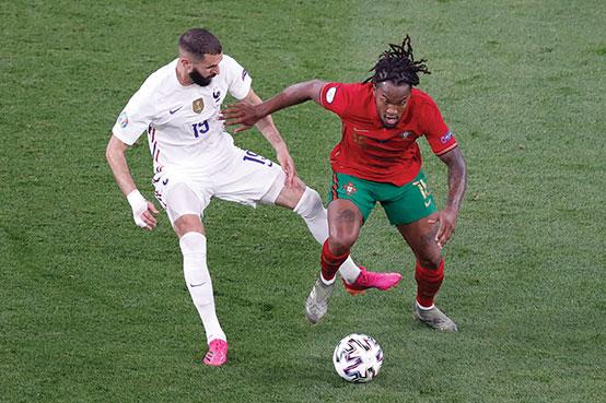 Euro: Les Bleus finissent en tête après un sommet d'intensité contre Ronaldo