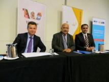 Matt Thistlethwaite, récemment nommé secrétaire d'État australien aux affaires du Pacifique, et Ratu Inoke Kubuabola, ministre des affaires étrangères de Fidji, lundi 29 juillet 2013 à Brisbane.