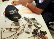 Le cambrioleur perd son téléphone et vient le récupérer au commissariat