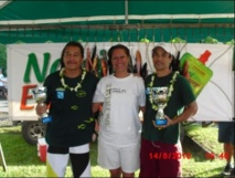 Rahiti BUCHIN et Teva TAUMIHAU (de G à D) vainqueurs des éditions 2010 et 2012