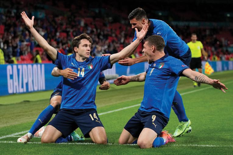 L'Italie peine mais s'offre un quart et un record contre l'Autriche