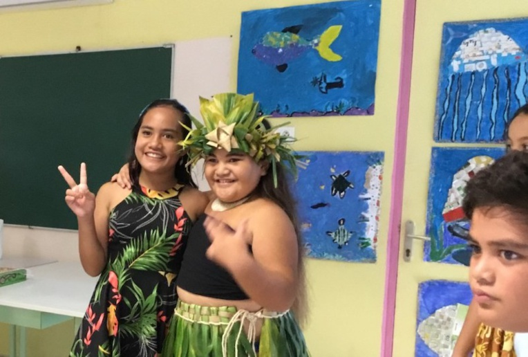 Les élèves du cycle 3 de l'école Patoa de Taiohae ont exposé leur travail artistique sur le thème de la mer.