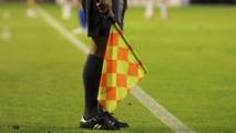Afrique du Sud : l'arrestation de l'arbitre retarde un match de football