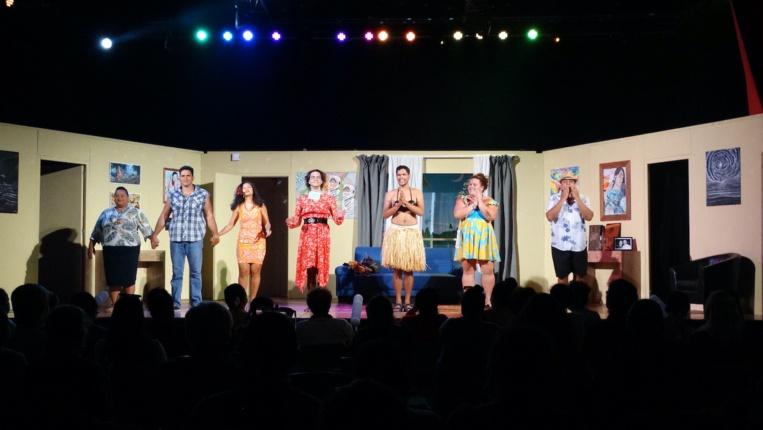 La pièce est de nouveau programmée les 20 et 21 août, salle Manu Iti, puis sur les planche du grand théâtre de la Maison de la culture, les 24 et 25 septembre prochains.